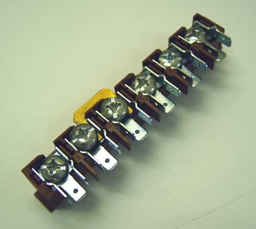 3581980087 - Колодка клемная к электроплитам AEG, Electrolux