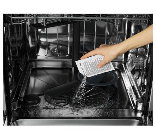 9029799195 - M3GCP400 Средство для удаления жира и накипи 3 в 1 (12х50гр.) для стиральных и посудомоечных машин